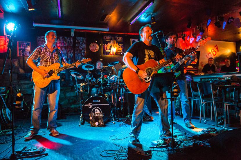 Heavy Acoustic Sound Solution - Konzert Rockcafe Brown Sugar Nürnberg