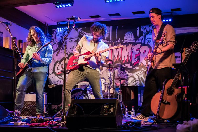 Groundswimmer Live Club Bamberg Rock Konzert Fotograf Klieber