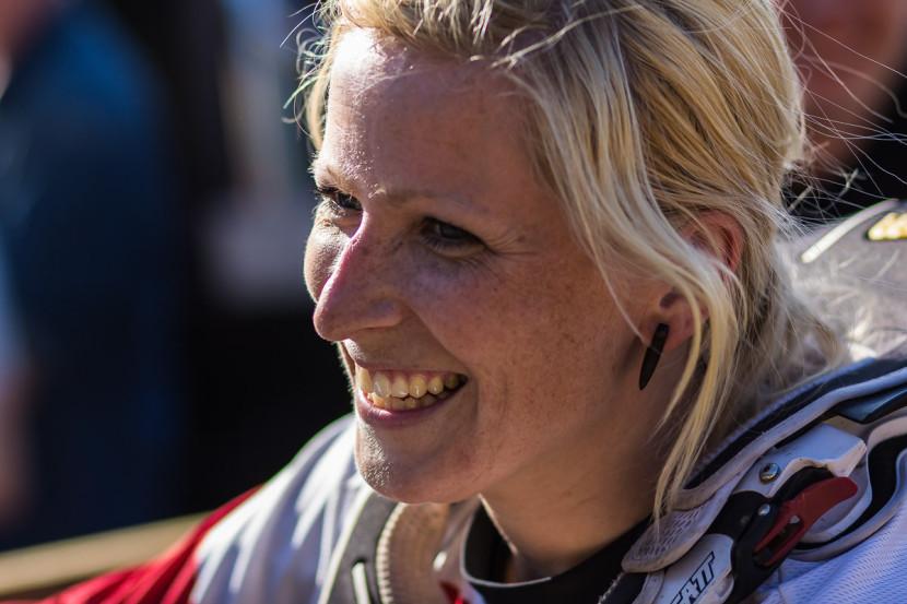 Katrin Karkhof - Bayerische Downhill Meisterschaft Bikepark Osternohe