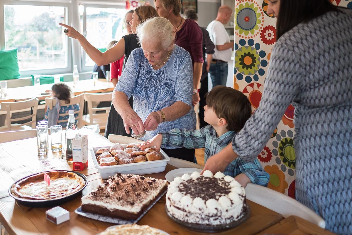 Geburtstag Feier Familie 50 Männer am Herd Fotograf Nürnberg Jürgen Klieber
